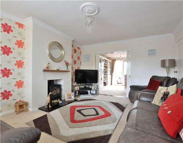 3 Bedrooms Semi Detached House for sale in Southdown Road, BATH, Somerset, BA2 1JH