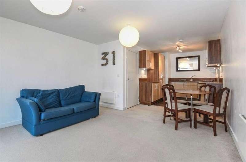 1 Bedroom Flat for sale in Middlesex House, 4 Mercer Walk, Uxbridge, Greater London