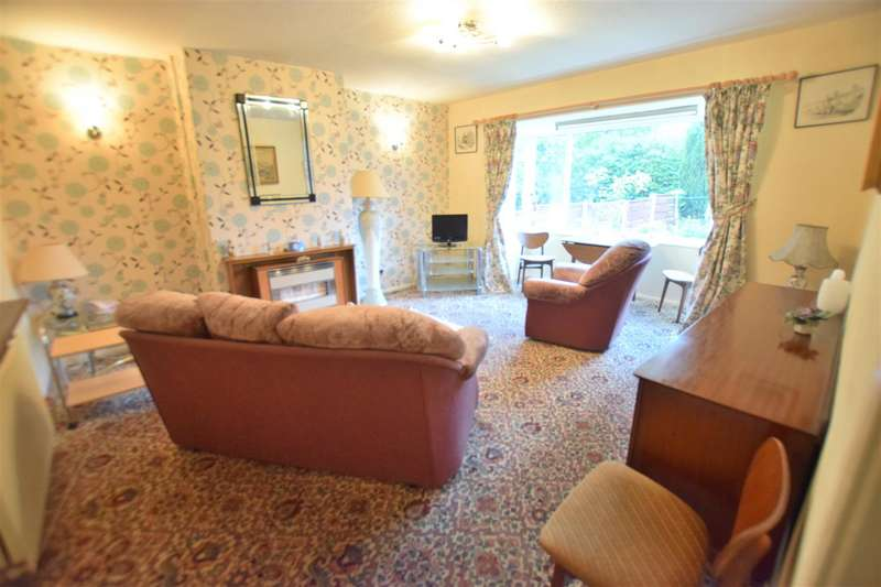 3 Bedrooms House for sale in Hollin Lane, Middleton, Manchester