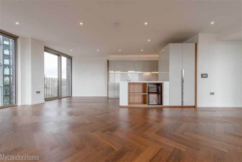 3 Bedrooms Property for sale in Capital Building, Embassy Gardens, Vauxhall, London, SW11
