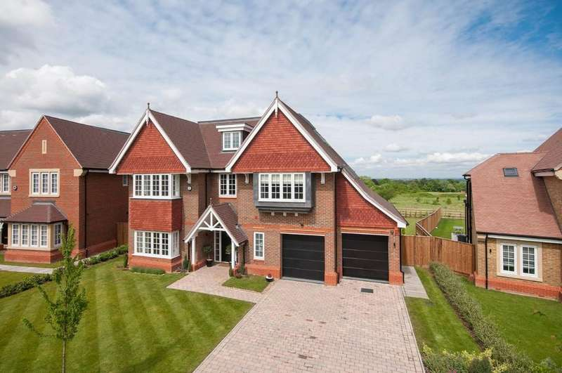 7 Bedrooms Detached House for sale in Priest Hill Close, Ewell