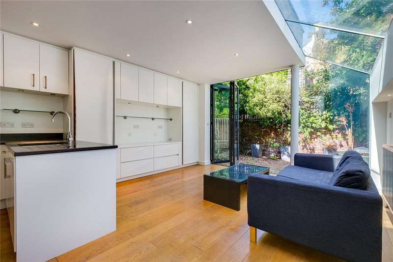 2 Bedrooms Flat for sale in Kingwood Road, Fulham, London