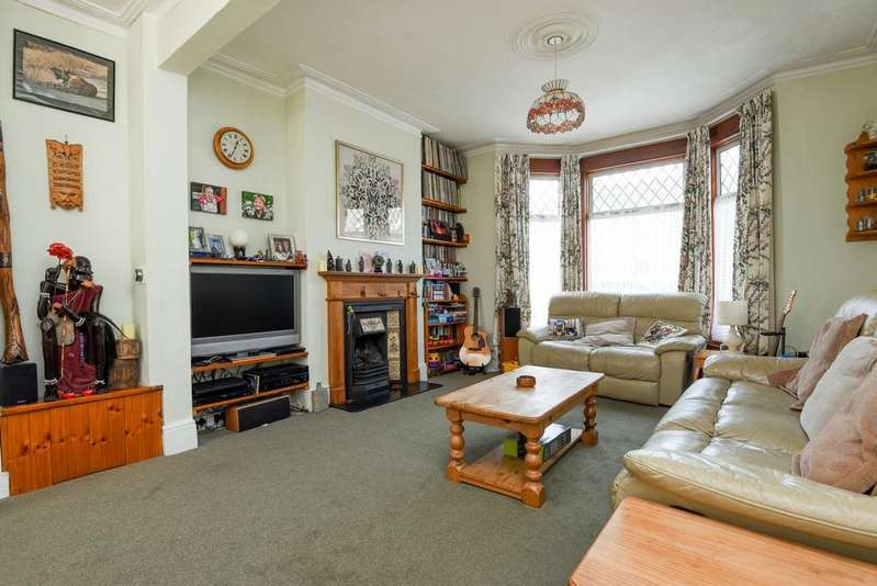 4 Bedrooms Terraced House for sale in Ardgowan Road Catford SE6