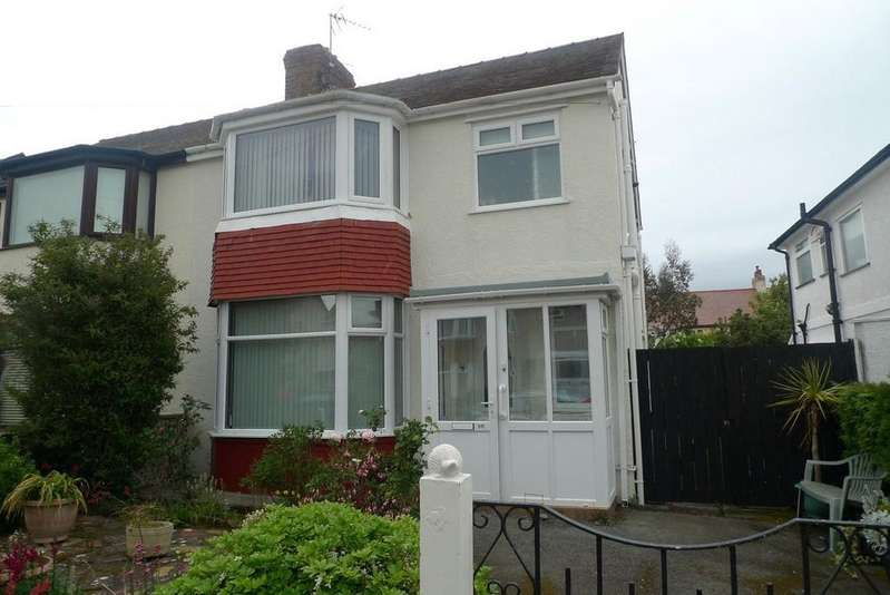 3 Bedrooms Semi Detached House for sale in Trafford Park, Penrhyn Bay