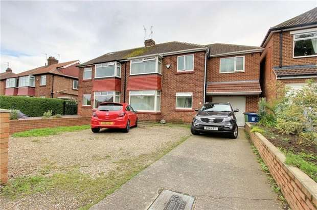 4 Bedrooms Semi Detached House for sale in Flatts Lane, Middlesbrough, North Yorkshire