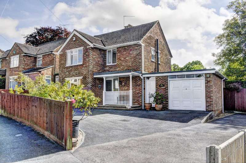 3 Bedrooms Detached House for sale in Fairway, Princes Risborough