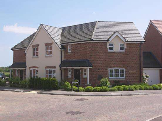 3 Bedrooms Semi Detached House for sale in Emsworth, Hampshire