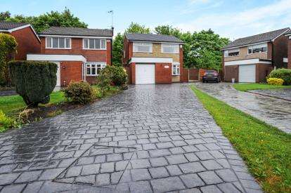 4 Bedrooms Detached House for sale in Riversmeade, Leigh, Greater Manchester, Lancs