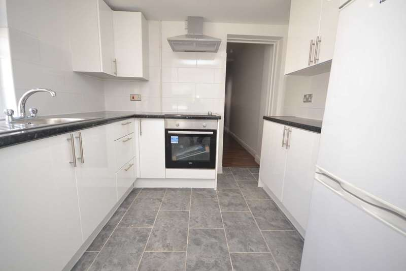 4 Bedrooms Terraced House for rent in De Beauvoir Road, Reading