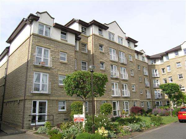 1 Bedroom Flat for sale in Stonelaw Court, 1 Johnstone Drive, Glasgow