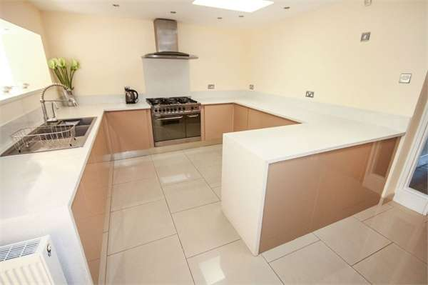4 Bedrooms Semi Detached Bungalow for sale in Curwen Close, Pontrhydyfen, Port Talbot, West Glamorgan, SA12 9UD