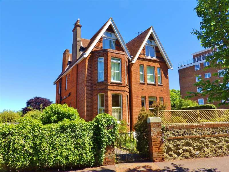 2 Bedrooms Apartment Flat for sale in Meadhurst, 31 Meads Road, Eastbourne