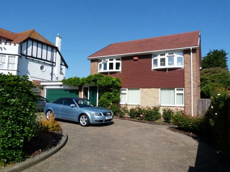 4 Bedrooms Detached House for sale in Kingsgate Avenue, Broadstairs