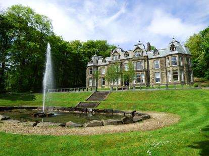2 Bedrooms Flat for sale in Corbar Hill House, Buxton, Derbyshire