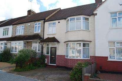 3 Bedrooms Semi Detached House for sale in Cranleigh Gardens, Harrow