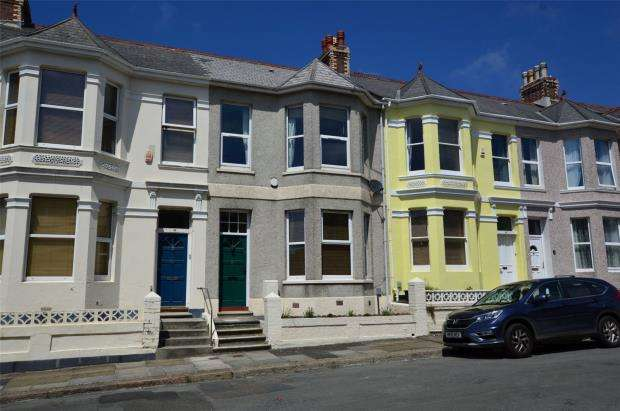 3 Bedrooms Terraced House for sale in South View Terrace, Plymouth