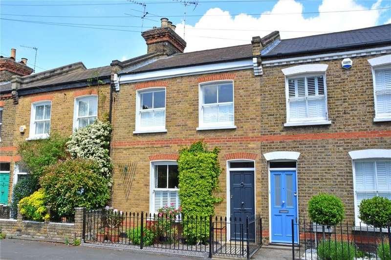 2 Bedrooms Terraced House for sale in Collins Street, Blackheath, London, SE3