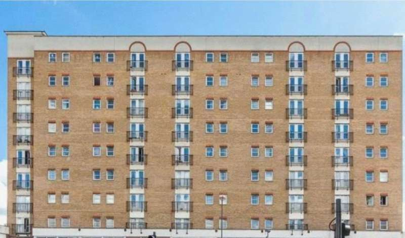 2 Bedrooms Apartment Flat for sale in High Street, Hounslow