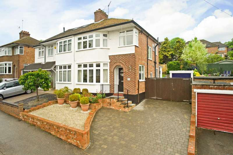 3 Bedrooms Semi Detached House for sale in Meadow Road, Berkhamsted