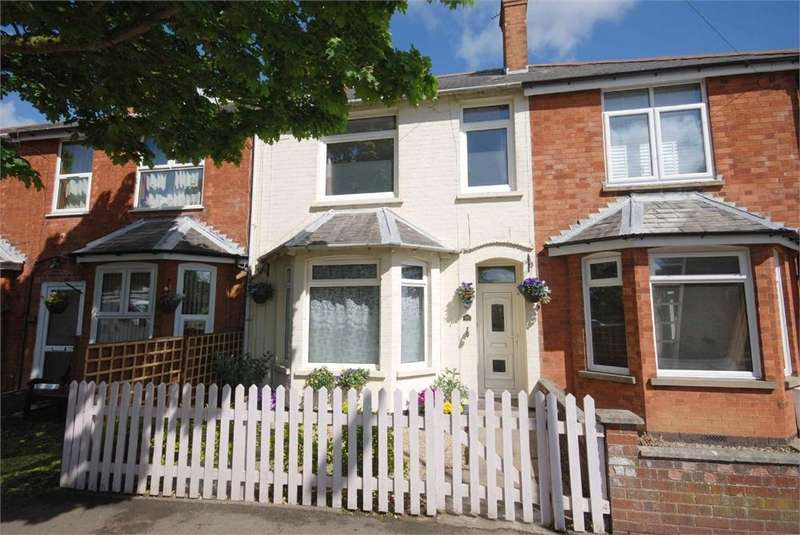 3 Bedrooms Terraced House for sale in Ashlawn Road, RUGBY, Warwickshire