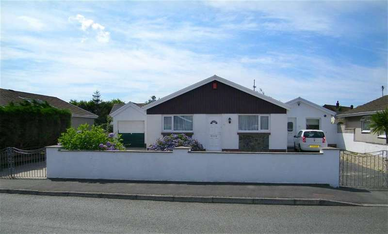 3 Bedrooms Property for sale in Westhill Avenue, Milford Haven