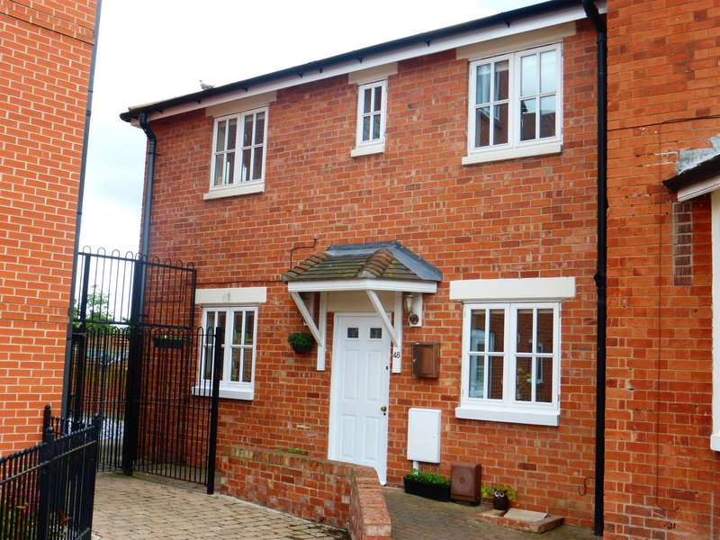 3 Bedrooms Semi Detached House for sale in Albion Street, Newark, NG24