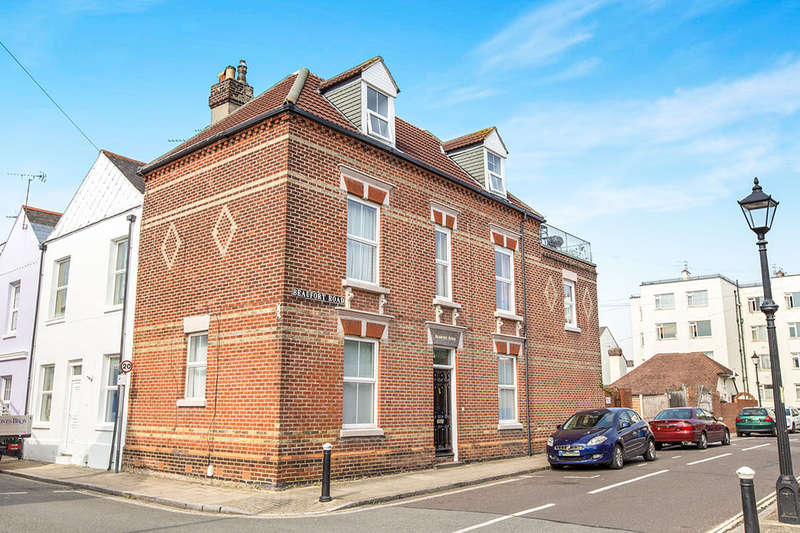 5 Bedrooms Property for sale in Beaufort House Beaufort Road, Southsea, PO5