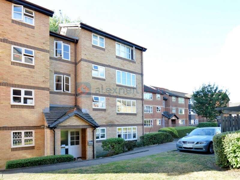 2 Bedrooms Flat for sale in Stubbs Drive, South Bermondsey SE16