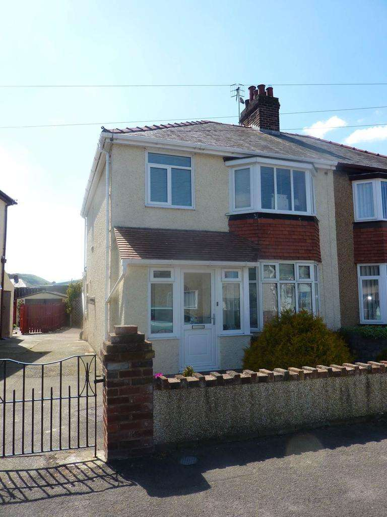 3 Bedrooms Semi Detached House for sale in 25 Bryn Marl Road, Mochdre, LL28 5EA