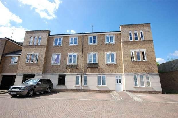 2 Bedrooms Flat for sale in FARNHAM, Surrey