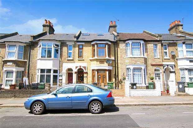 5 Bedrooms Terraced House for sale in Hartington Road, Walthamstow, London