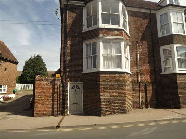 2 Bedrooms Flat for sale in The Street, Ash, Canterbury, Kent