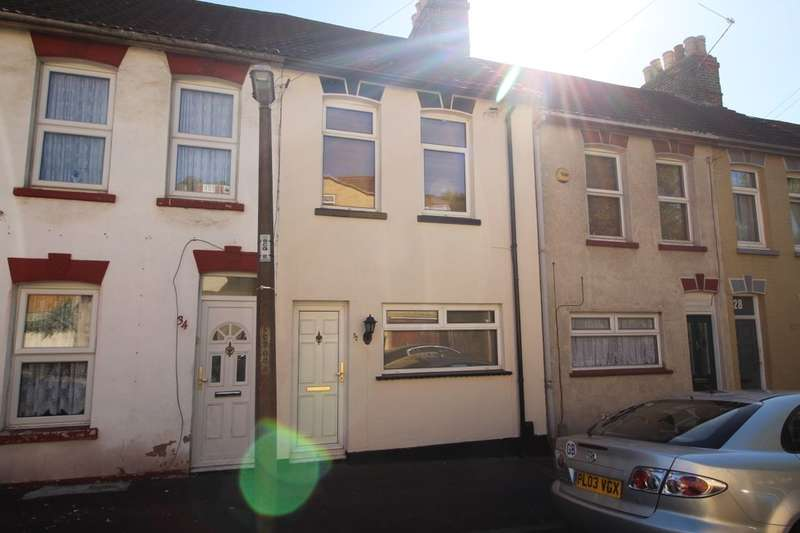 2 Bedrooms Property for sale in Seymour Road, Chatham, ME5