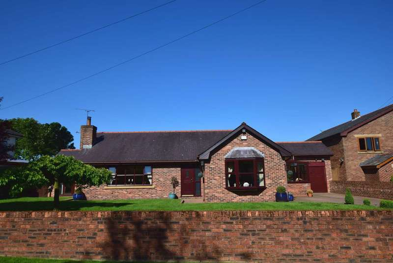3 Bedrooms Detached Bungalow for sale in Rosemary Lane, Bartle