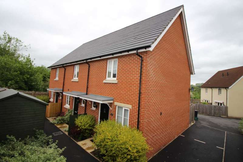 2 Bedrooms End Of Terrace House for sale in Great Western Street, Frome
