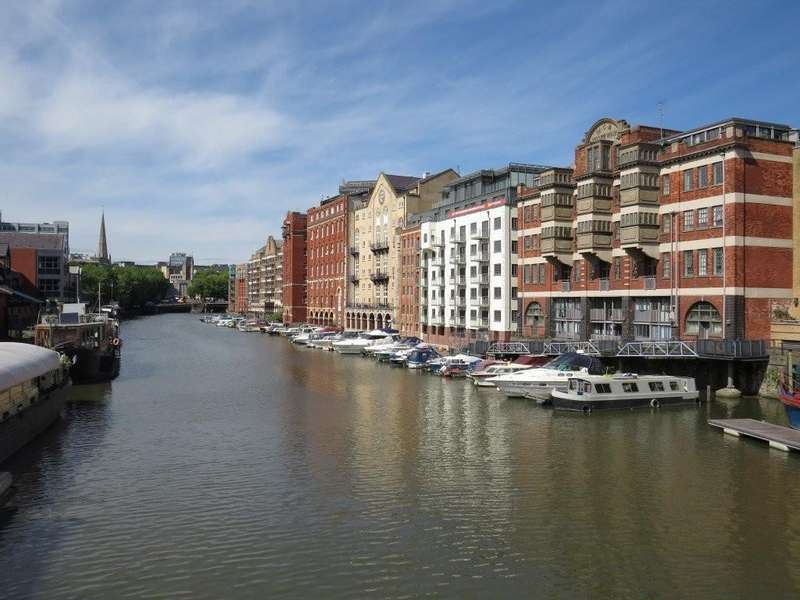 2 Bedrooms Apartment Flat for rent in City Centre, Huller and Cheese, BS1 6LY