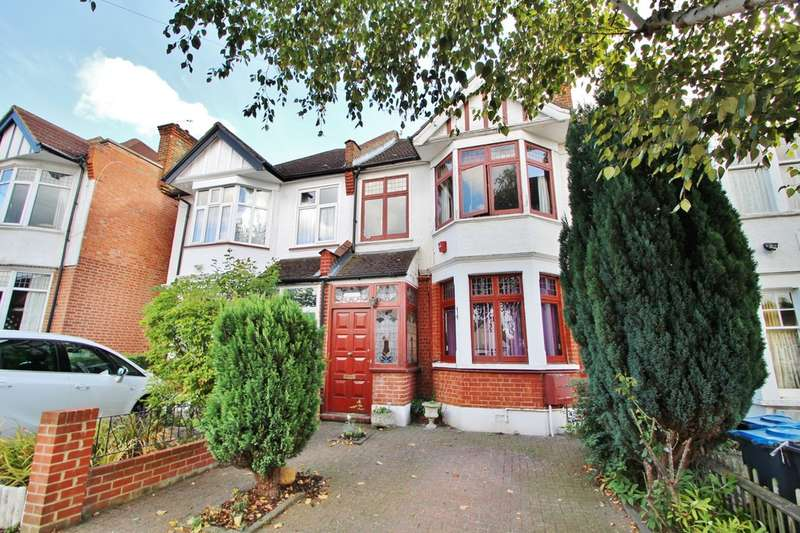 3 Bedrooms Semi Detached House for sale in Alric Avenue, New Malden