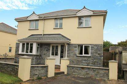 4 Bedrooms Detached House for sale in Roche, St. Austell, Cornwall