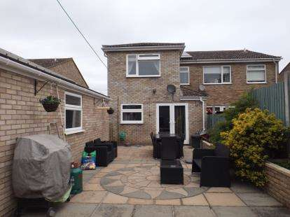 4 Bedrooms Semi Detached House for sale in Mistley, Manningtree, Essex
