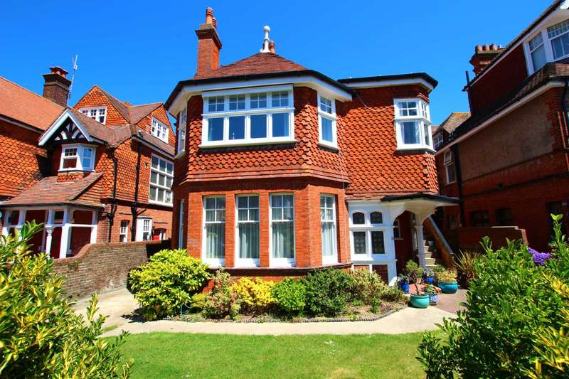 7 Bedrooms Detached House for sale in Arlington Road, Eastbourne, BN21 1DL