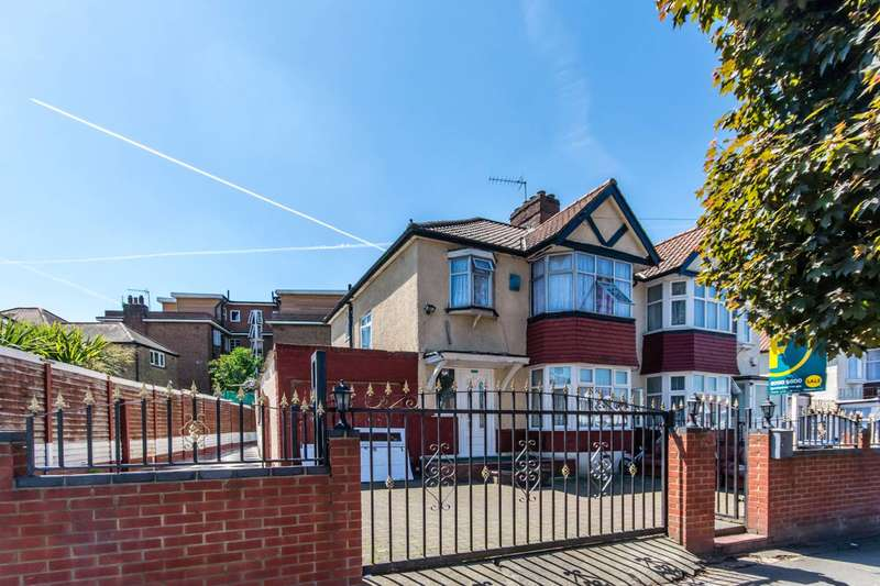 3 Bedrooms Semi Detached House for sale in Chartley Avenue, Neasden, NW2