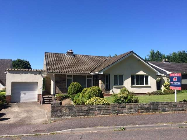4 Bedrooms Detached Bungalow for sale in The Chase, Honiton