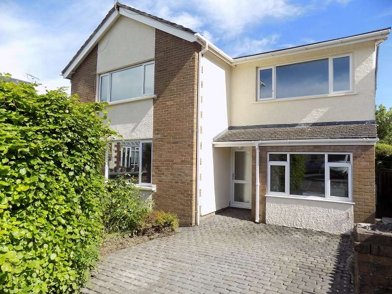 4 Bedrooms Detached House for sale in Pascoes Avenue, Bridgend, Bridgend. CF31 4PQ