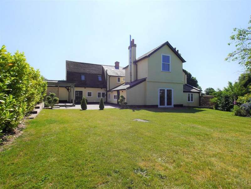 4 Bedrooms Detached House for sale in School Lane, Straftord St Mary, Colchester, Essex, CO7 6LZ