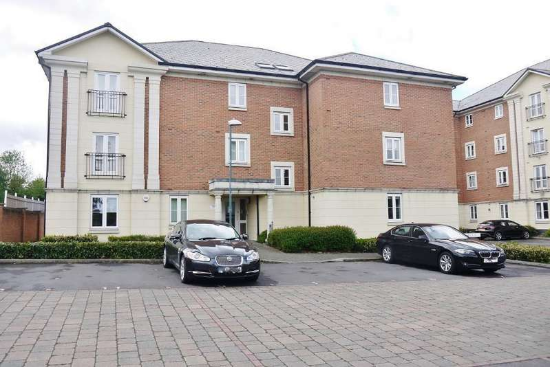 1 Bedroom Apartment Flat for sale in Brunel Crescent, Town Centre