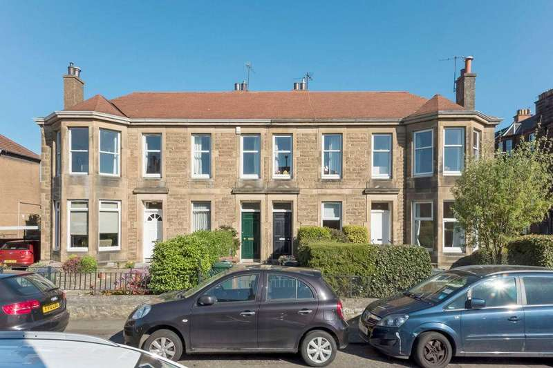 4 Bedrooms Flat for sale in 23 MacDowall Road, Newington, EH9 3EQ
