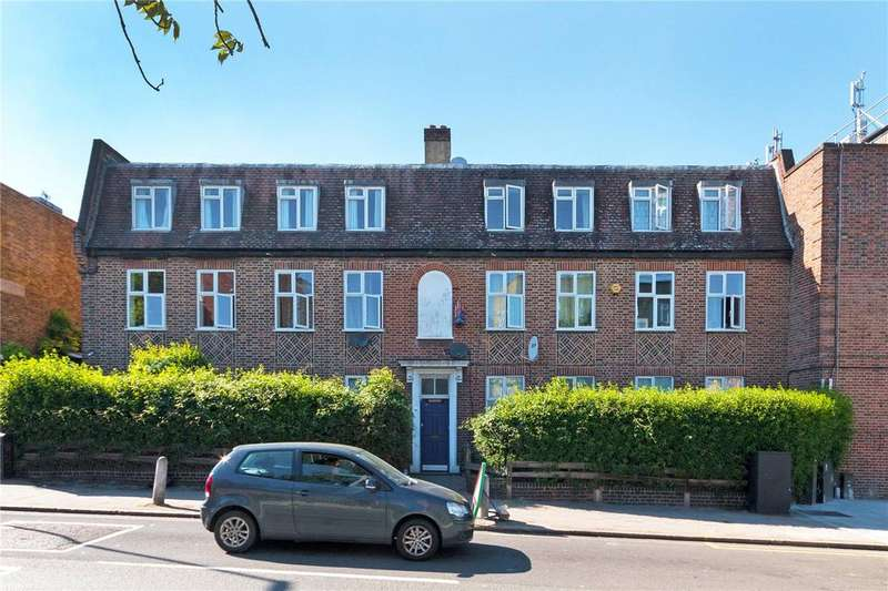 2 Bedrooms Flat for sale in York House, York Hill, London, SE27