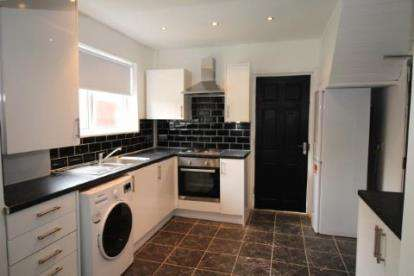 3 Bedrooms Semi Detached House for sale in Oaklands Road, Salford, Greater Manchester
