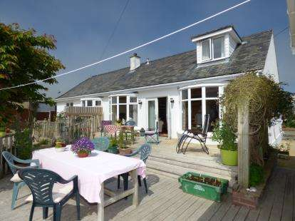 4 Bedrooms Detached House for sale in Lon St Ffraid, Trearddur Bay, Holyhead, Anglesey, LL65