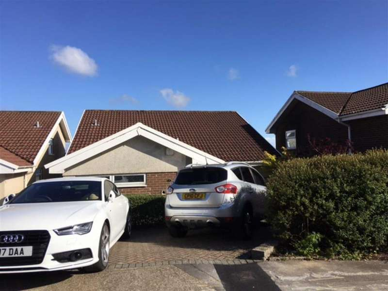 3 Bedrooms Detached House for sale in Rustic Close, Swansea, SA2